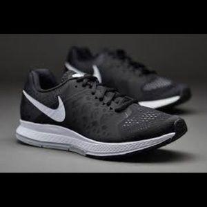Nike Pegasus 31 Running Shoes Size 6